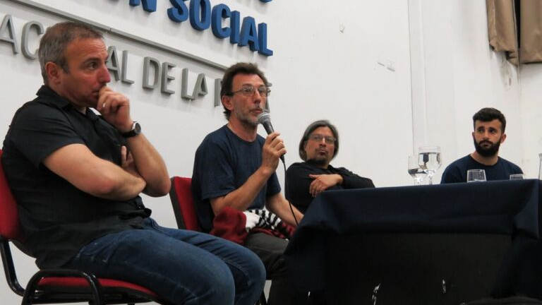Se proyectó en Periodismo la película documental sobre Jorge Julio López